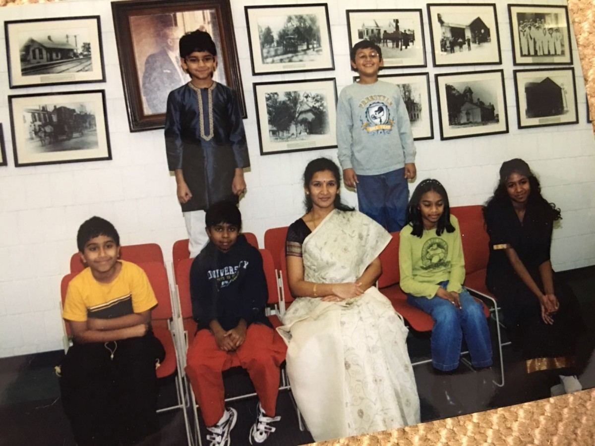 2006 - Subhadra Suresh's Tamil class at Mason Public Library